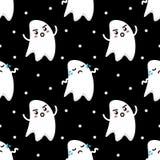 Pares divertidos lindos del fondo inconsútil del modelo de Halloween de los fantasmas tristes y enojados Fotografía de archivo libre de regalías