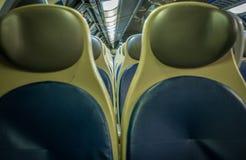 Pares do assento do trem fotografia de stock royalty free