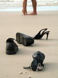 Pares do pé na praia Imagem de Stock Royalty Free