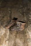 Pares do vintage de botas da criança da era 1940's Fotografia de Stock