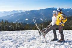 Pares el vacaciones del esquí Fotografía de archivo