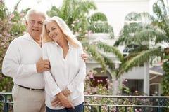 Pares em férias românticas foto de stock royalty free