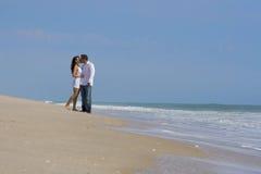 Pares en una playa Imagen de archivo