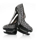 Pares encrusted cristales de zapatos negros imágenes de archivo libres de regalías