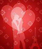 Pares felices del día de tarjetas del día de San Valentín en París Imagenes de archivo