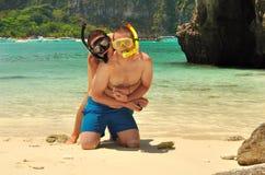 Pares felices en las islas de la phi de la phi Foto de archivo