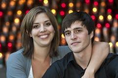 Pares felices románticos Foto de archivo libre de regalías