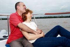 Pares felizes idosos a bordo o iate Imagens de Stock Royalty Free