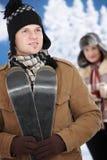 Pares felizes no inverno Fotografia de Stock