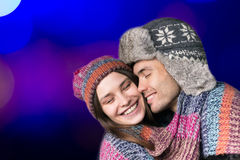 Pares felizes nos braços Conceito do inverno Fotografia de Stock