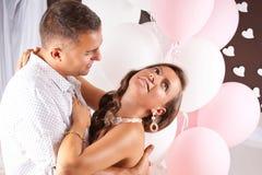 Pares hermosos de la boda Fotos de archivo libres de regalías