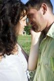 Pares hermosos en amor Fotografía de archivo libre de regalías