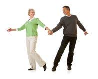 Pares: Homem e mulher que dançam junto Foto de Stock