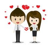 Pares lindos en el amor que lleva a cabo las manos, personajes de dibujos animados Imagenes de archivo