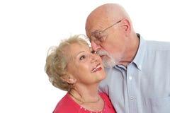 Pares mayores - cariñosos Fotografía de archivo