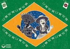 Pares multirraciais felizes do aldeão que acenam dentro da bandeira brasileira - Fotografia de Stock Royalty Free