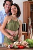 Pares na cozinha Imagens de Stock Royalty Free