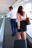 Pares no aeroporto Fotografia de Stock