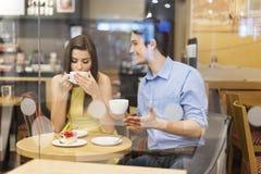 Pares no café Imagem de Stock