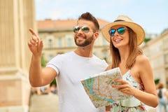 Pares novos do turista Fotos de Stock
