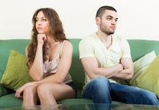Pares novos que têm o conflito em casa Foto de Stock Royalty Free