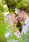Pares novos românticos. Imagem de Stock Royalty Free