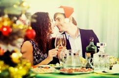 Pares que celebran Año Nuevo Imagenes de archivo