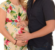 Pares que esperam o bebê Fotos de Stock Royalty Free