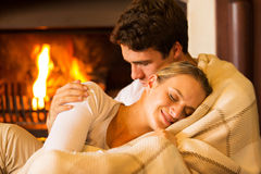 Pares que relaxam em casa Imagem de Stock Royalty Free