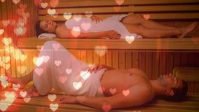 Pares que relaxam na sauna filme