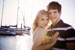 Pares románticos en amor fotos de archivo libres de regalías