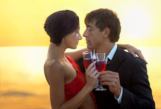 Pares românticos foto de stock