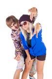 Pares sonrientes adolescentes del rap. Fotografía de archivo libre de regalías