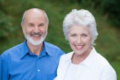 Pares superiores caucasianos felizes junto Fotos de Stock Royalty Free