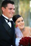 Pares Wedding - Weds recentemente imagens de stock