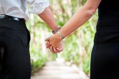 paret hands holdingen Royaltyfria Foton