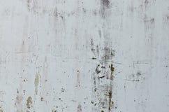 Parete bianca della vecchia crepa per fondo Fotografie Stock Libere da Diritti