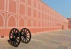 Parete & Canon nel palazzo della città, Jaipur Immagini Stock Libere da Diritti