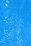 Parete con il fondo blu stagionato del modello della pittura fotografia stock libera da diritti