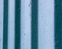 Parete d'annata blu del metallo fotografie stock