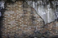 Parete decomposta, vecchio muro di mattoni immagine stock libera da diritti