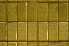 Parete dei mattoni o dei blocchi gialli Fotografia Stock Libera da Diritti