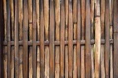 Parete del bambù di marrone scuro Fotografie Stock