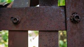 Parete del ferro del fondo e della struttura arrugginiti di progettazione del ferro immagini stock libere da diritti