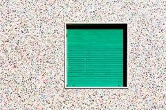 Parete del mosaico con la finestra Fotografia Stock
