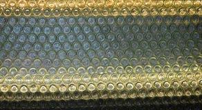 Parete delle bottiglie dalla regione del vino di Niederösterreich Immagine Stock