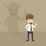 Parete di With Demon Shadow dell'uomo d'affari dietro illustrazione di stock