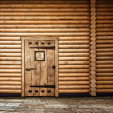 Parete di legno con il portello Fotografia Stock Libera da Diritti