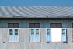 Parete di legno della finestra Fotografia Stock