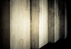 Parete di oscurità di Grunge fotografie stock libere da diritti